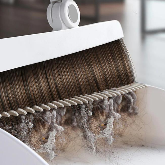 Built-In Comb Rotating Broom